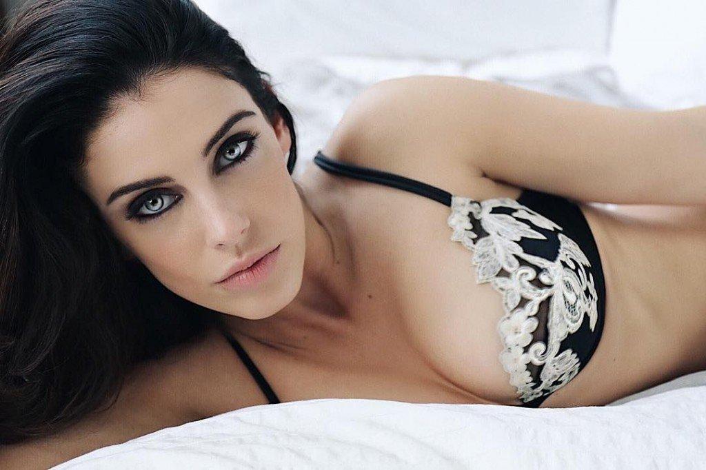 Jessica Lowndes Sexy (2 Photos)