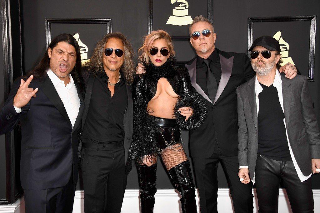 Lady Gaga Underboob (22 Photos)