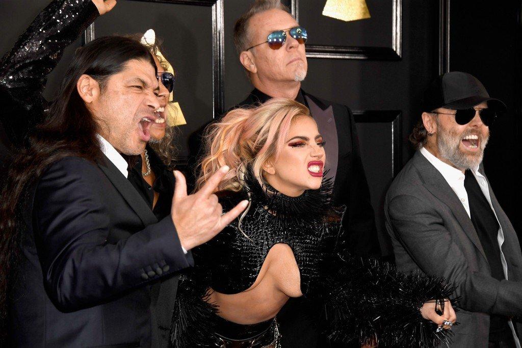Lady Gaga Underboob 18