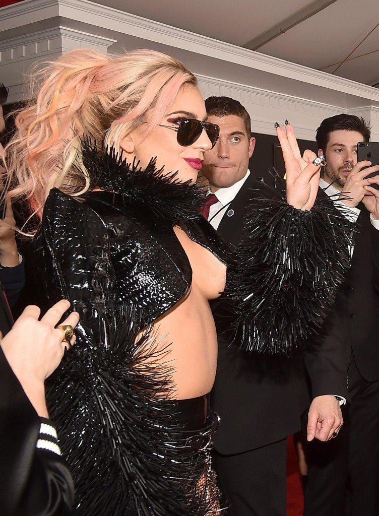 Lady Gaga Underboob 4
