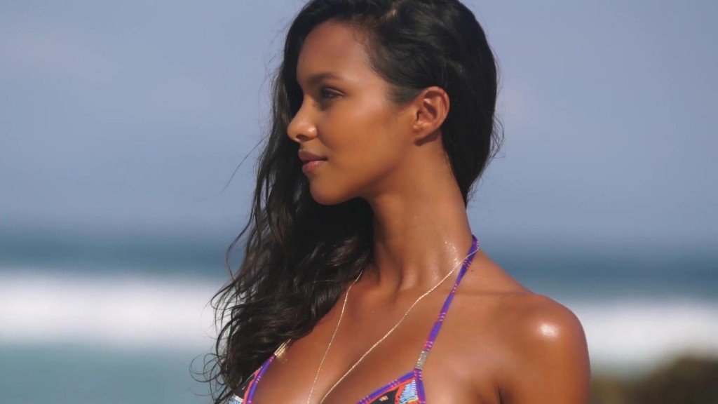 Lais Ribeiro Sexy – 2017 'Sports Illustrated' Swimsuit Issue
