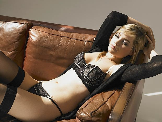 Laura Whitmore Sexy