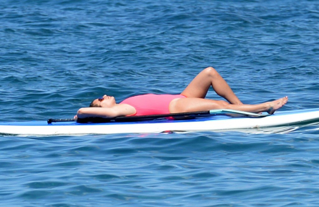 Lea Michele Sexy 17 thefappening.so