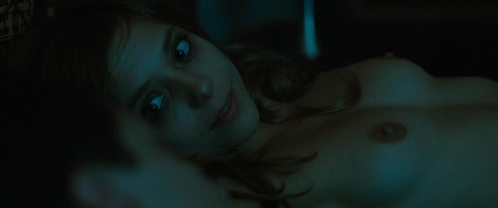 Lizzie Brocheré Nude – Full Contact (2015) HD 1080p