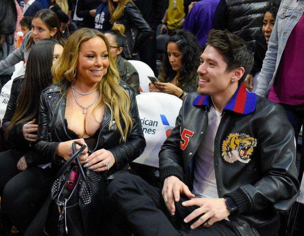 Mariah Carey Nip Slip (2 Photos)