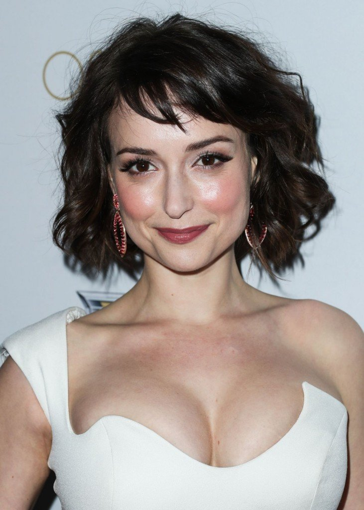 Milana Vayntrub's Clevage 2 thefappening.so
