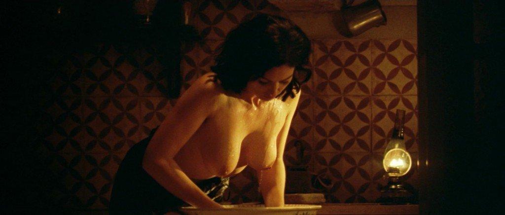 Monica Bellucci Nude 5