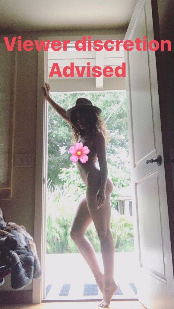 Nadine Velazquez Naked (2 New Photos)