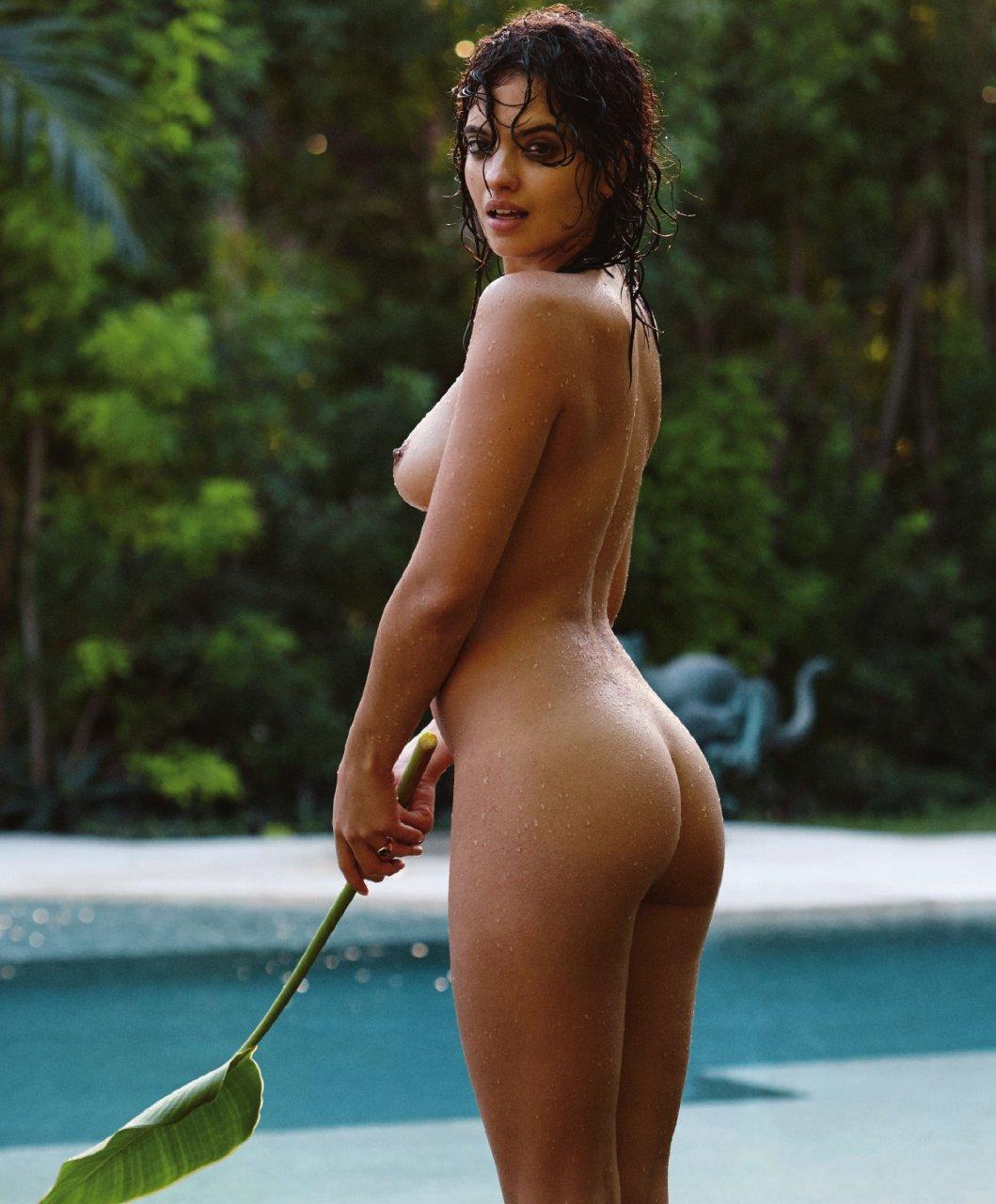 Hot ass babes in bakinis strip