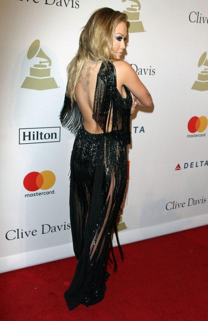Rita Ora Pantyless 12