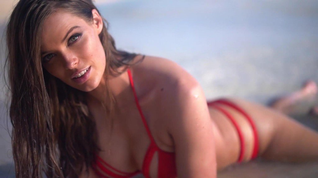 Robyn Lawley Intimates Sports Illustrated Swimsuit 2017_10