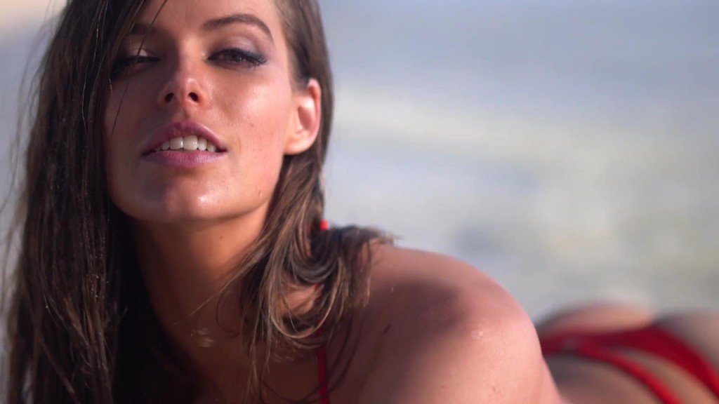 Robyn Lawley Intimates Sports Illustrated Swimsuit 2017_11