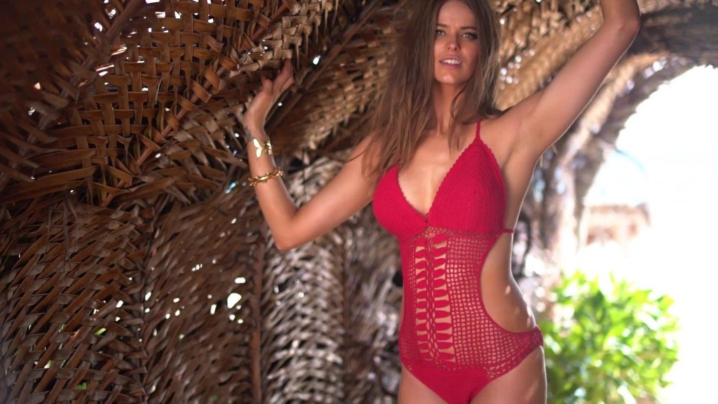 Robyn Lawley Intimates Sports Illustrated Swimsuit 2017_27