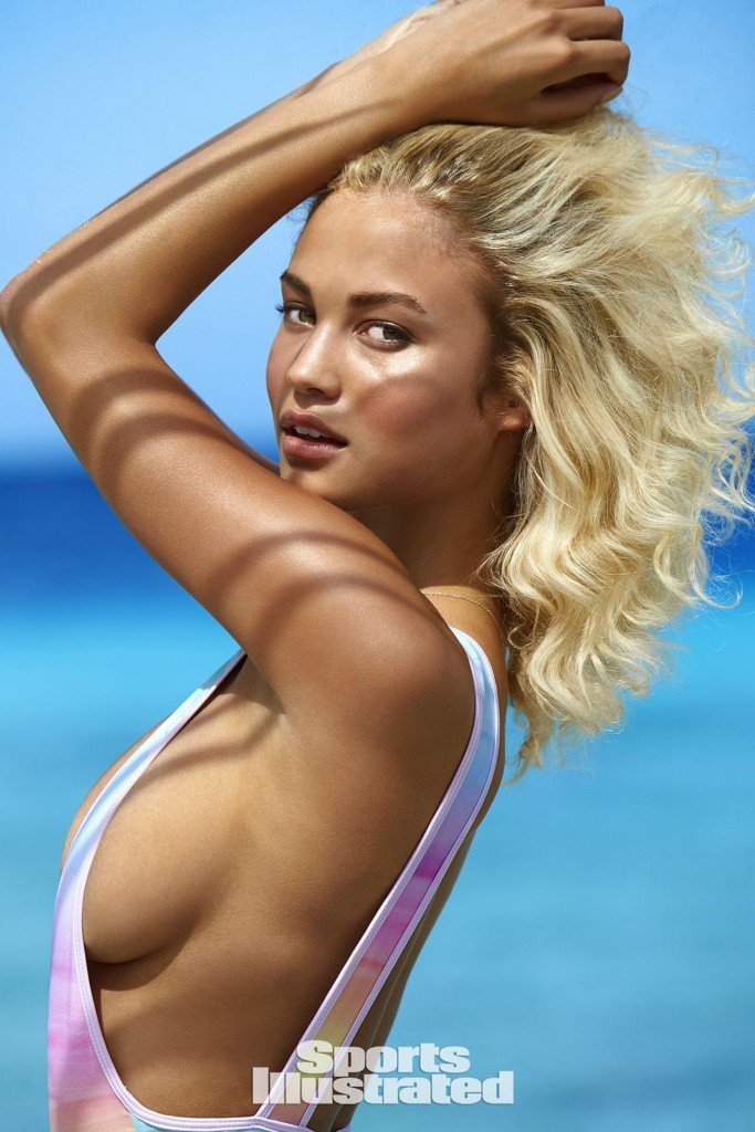 Rose Bertram Sexy 18 thefappening.so