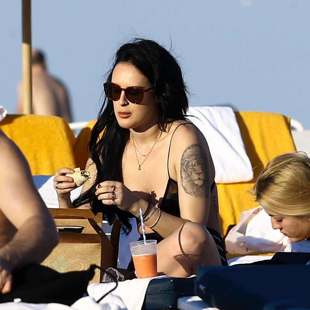 Rumer Willis Sexy 11 thefappening.so