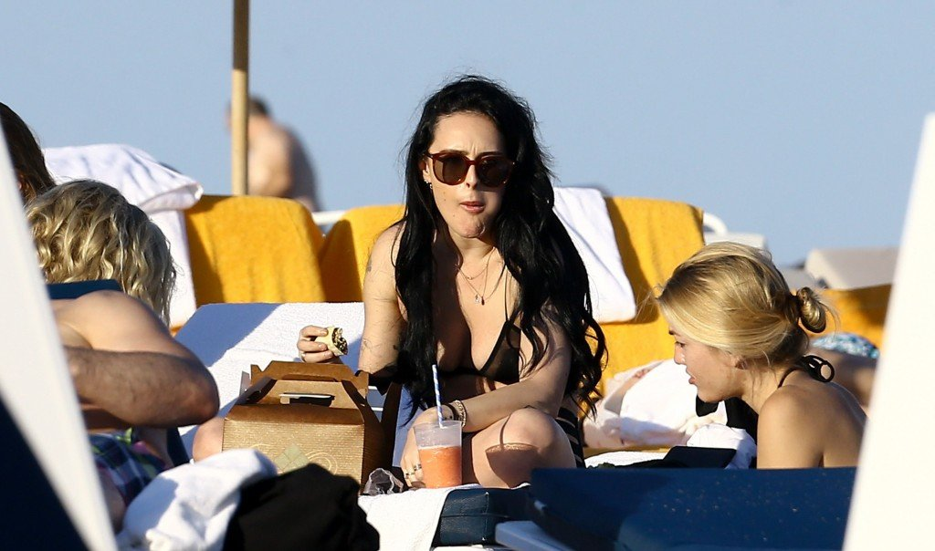 Rumer Willis Sexy 12 thefappening.so