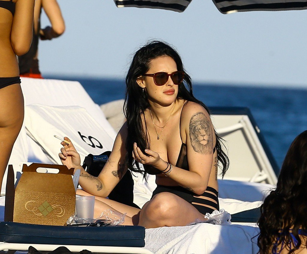 Rumer Willis Sexy 16 thefappening.so