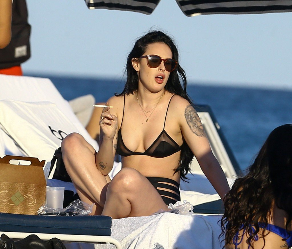 Rumer Willis Sexy 17 thefappening.so