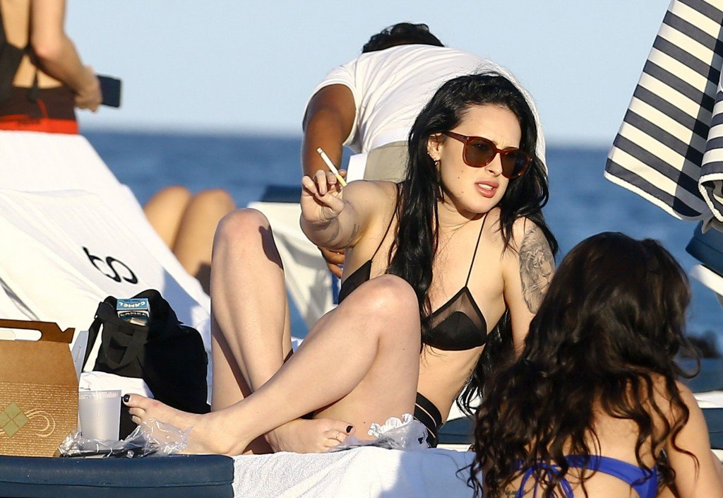 Rumer Willis Sexy 18 thefappening.so
