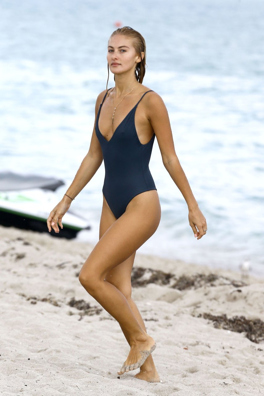 Hot Selena Weber nude (94 pics) Cleavage, 2020, braless