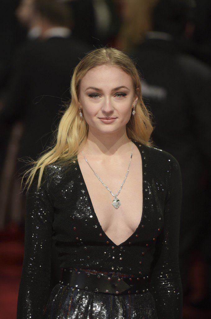Sophie Turner Sexy 161 thefappening.so