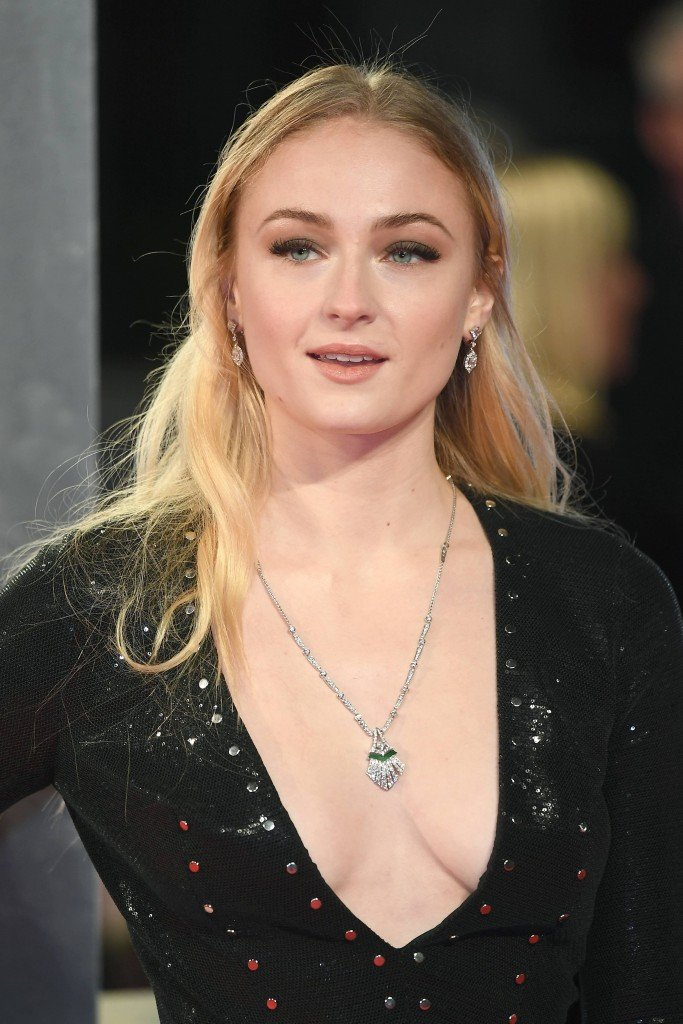 Sophie Turner Sexy 203 thefappening.so