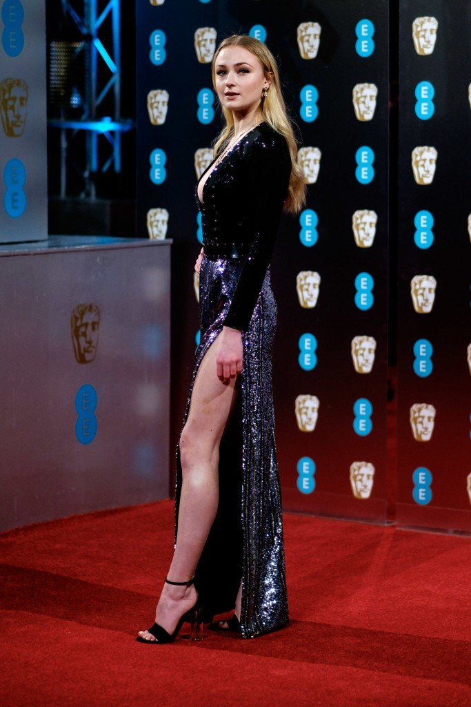 Sophie Turner Sexy 215 thefappening.so