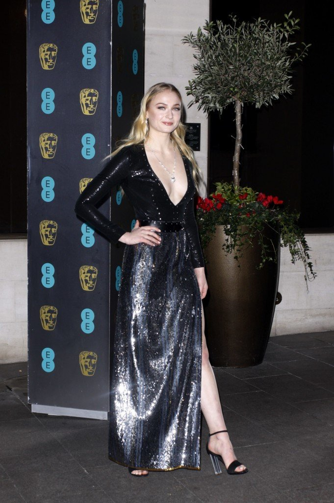 Sophie Turner Sexy 218 thefappening.so