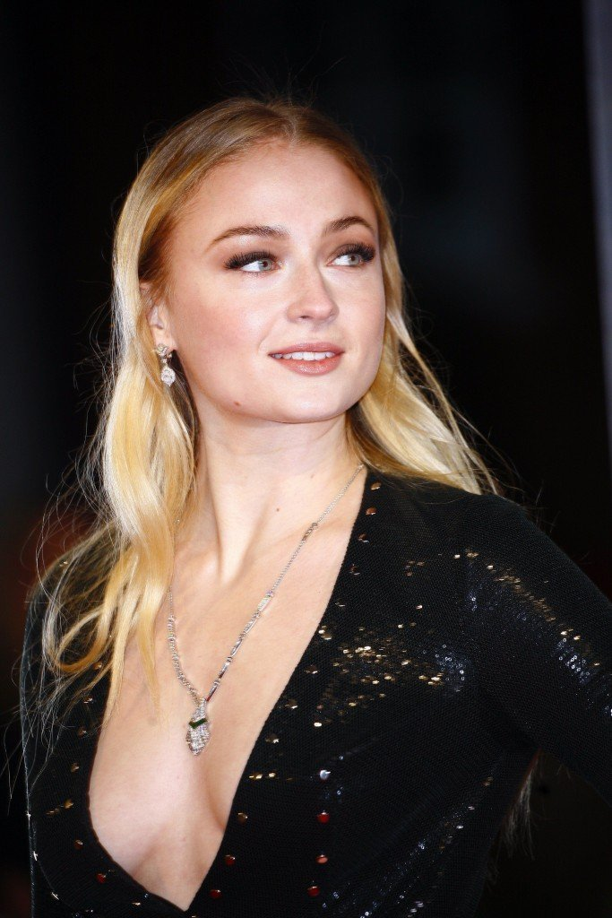 Sophie Turner Sexy 223 thefappening.so