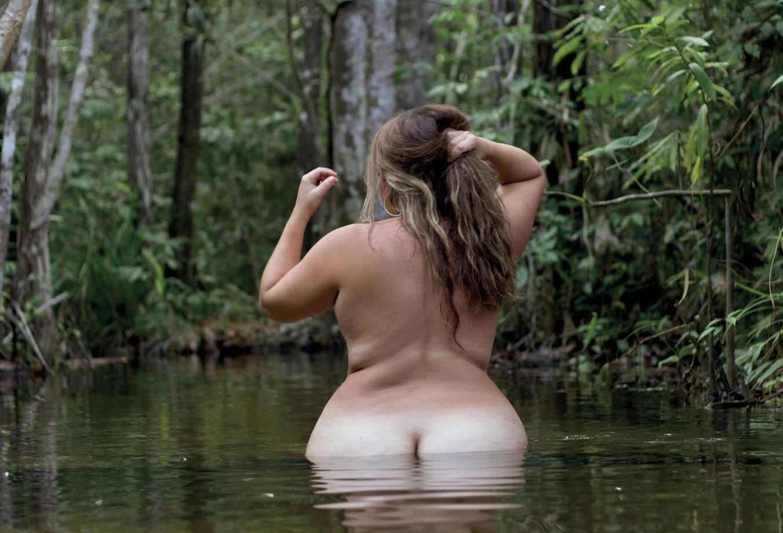 nude plus size photo