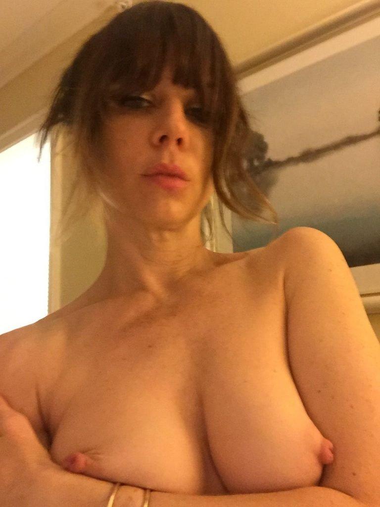 Natasha Leggero Leaked (19 Photos)
