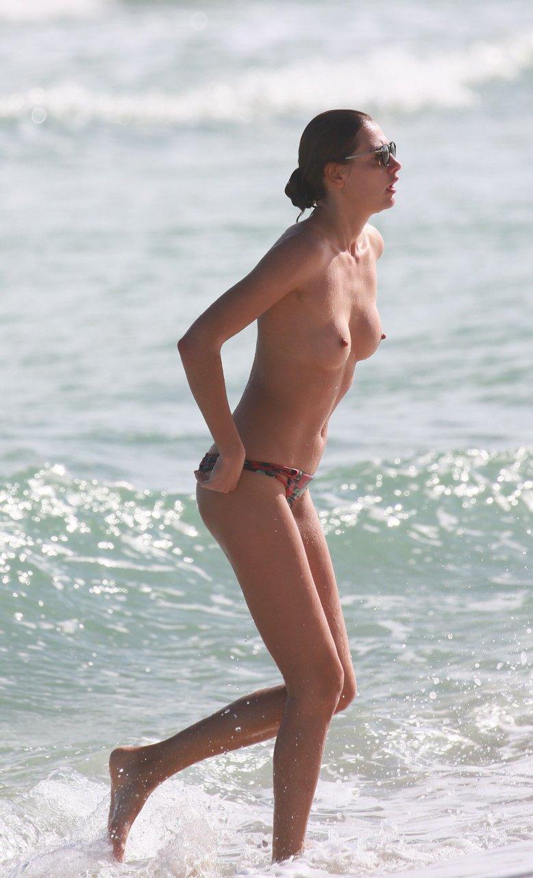 naked tamil girl