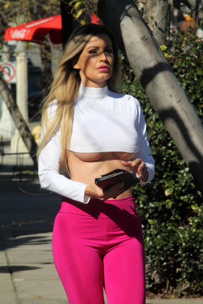 Ana Braga Underboob (39 Photos)