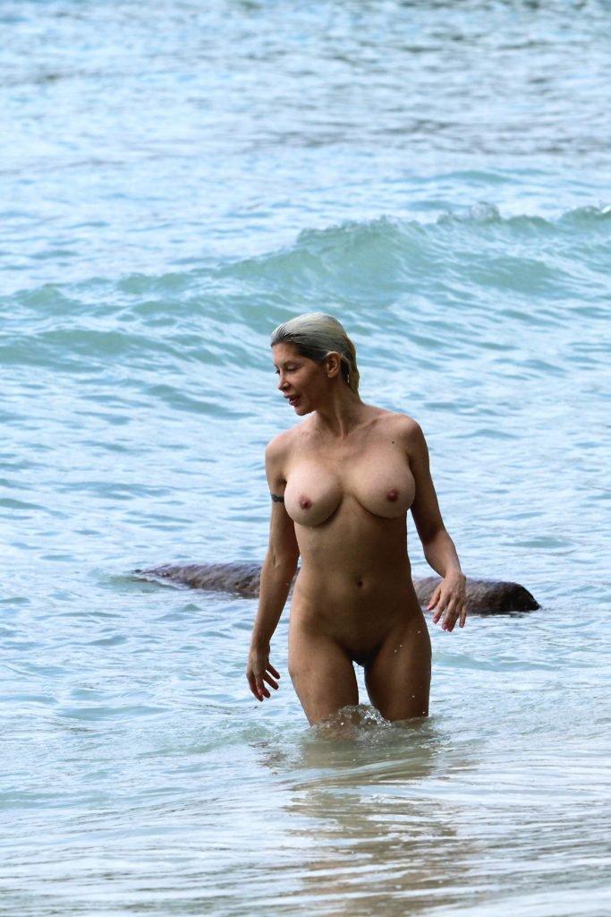 Star Nude Celeb