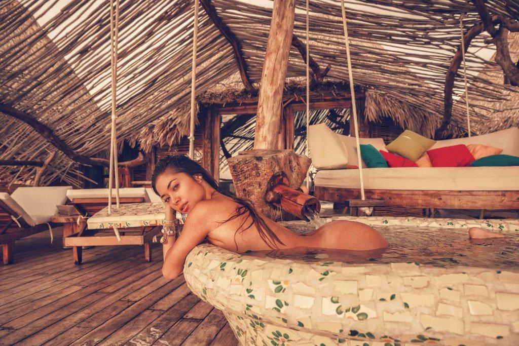 Arianny Celeste Naked (14 Photos)