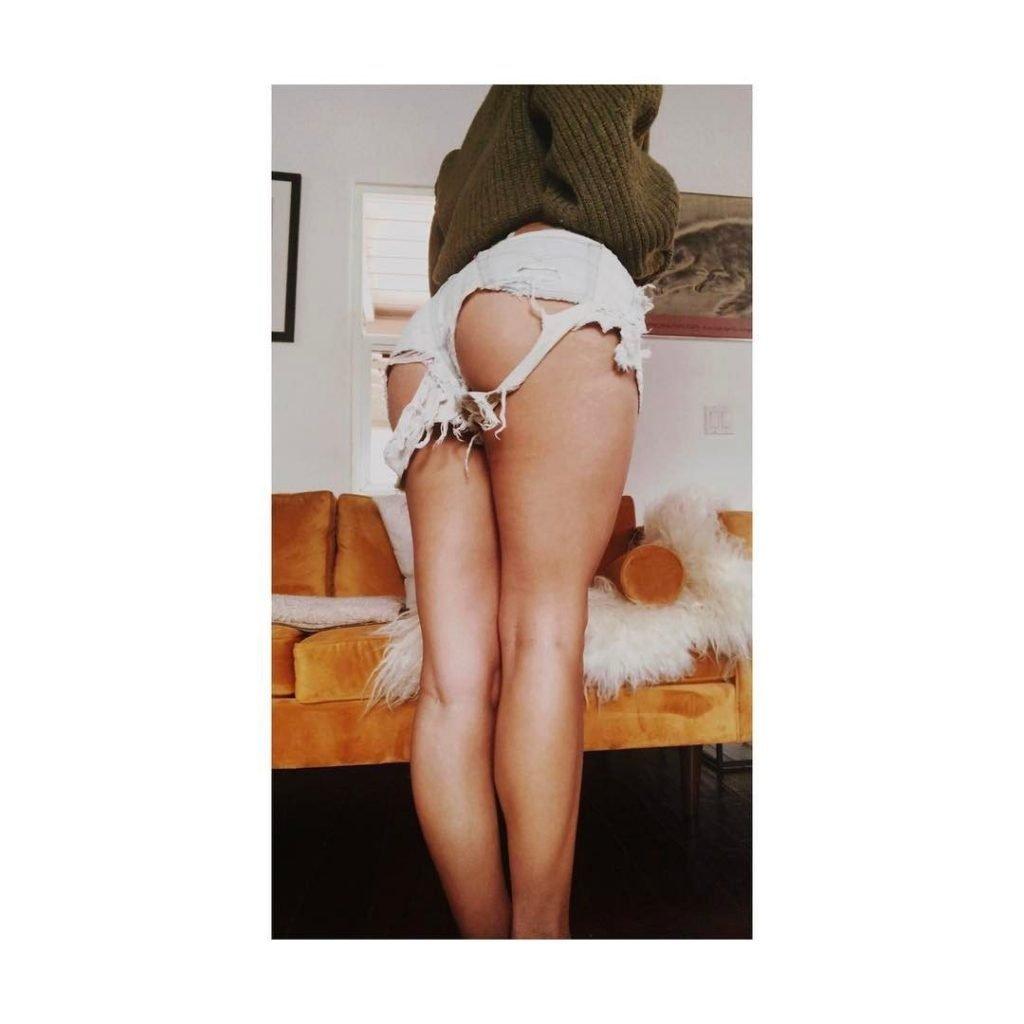Caitlin Stasey Sexy (3 New Photo)