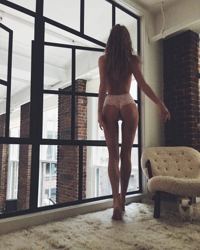 Elsa Hosk Topless (2 Hot Photos)