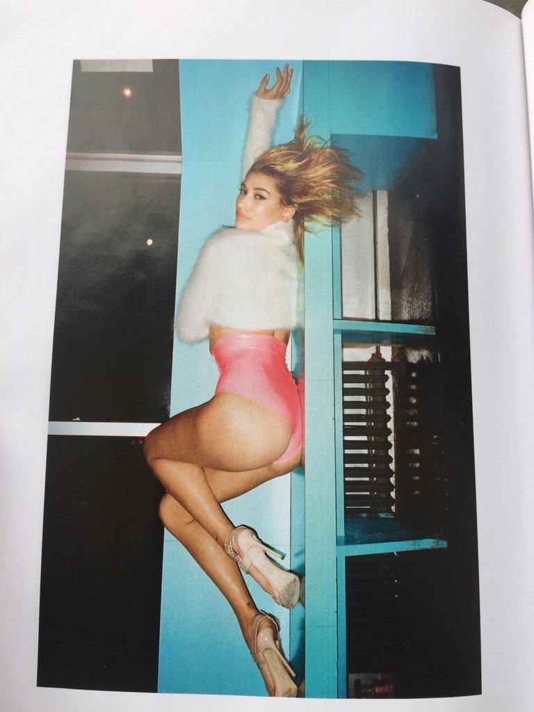 Hailey Baldwin Sexy (10 Photos)
