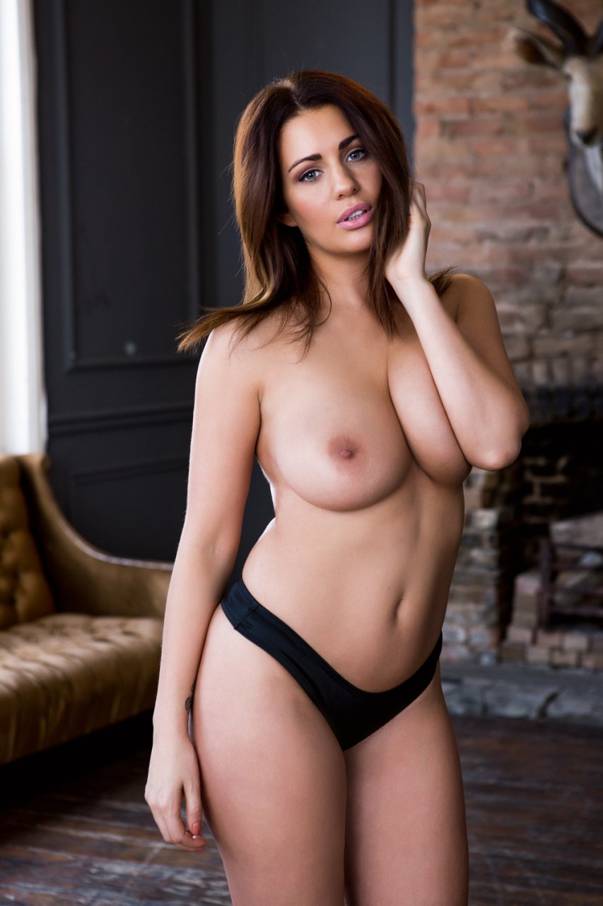 holly marie com topless