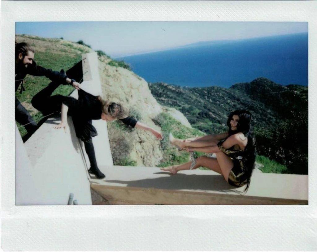 Kylie Jenner (4 Hot Photos)