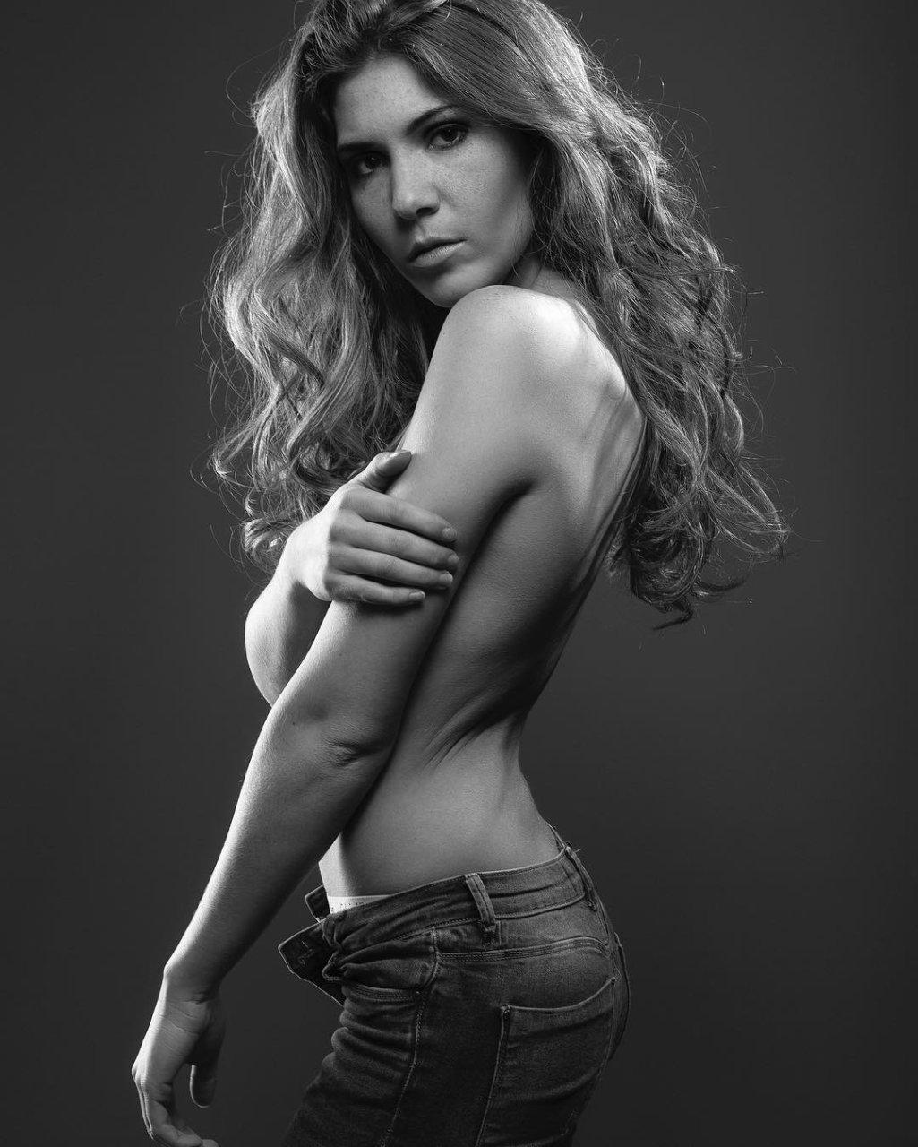 Margot Reenaers  nackt