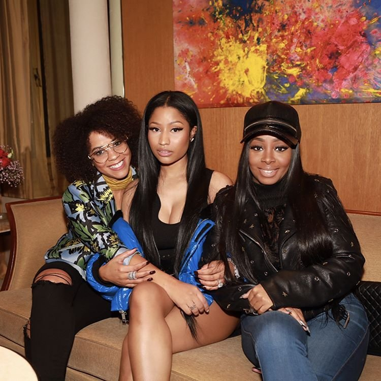 Nicki Minaj (7 Sexy Photos)