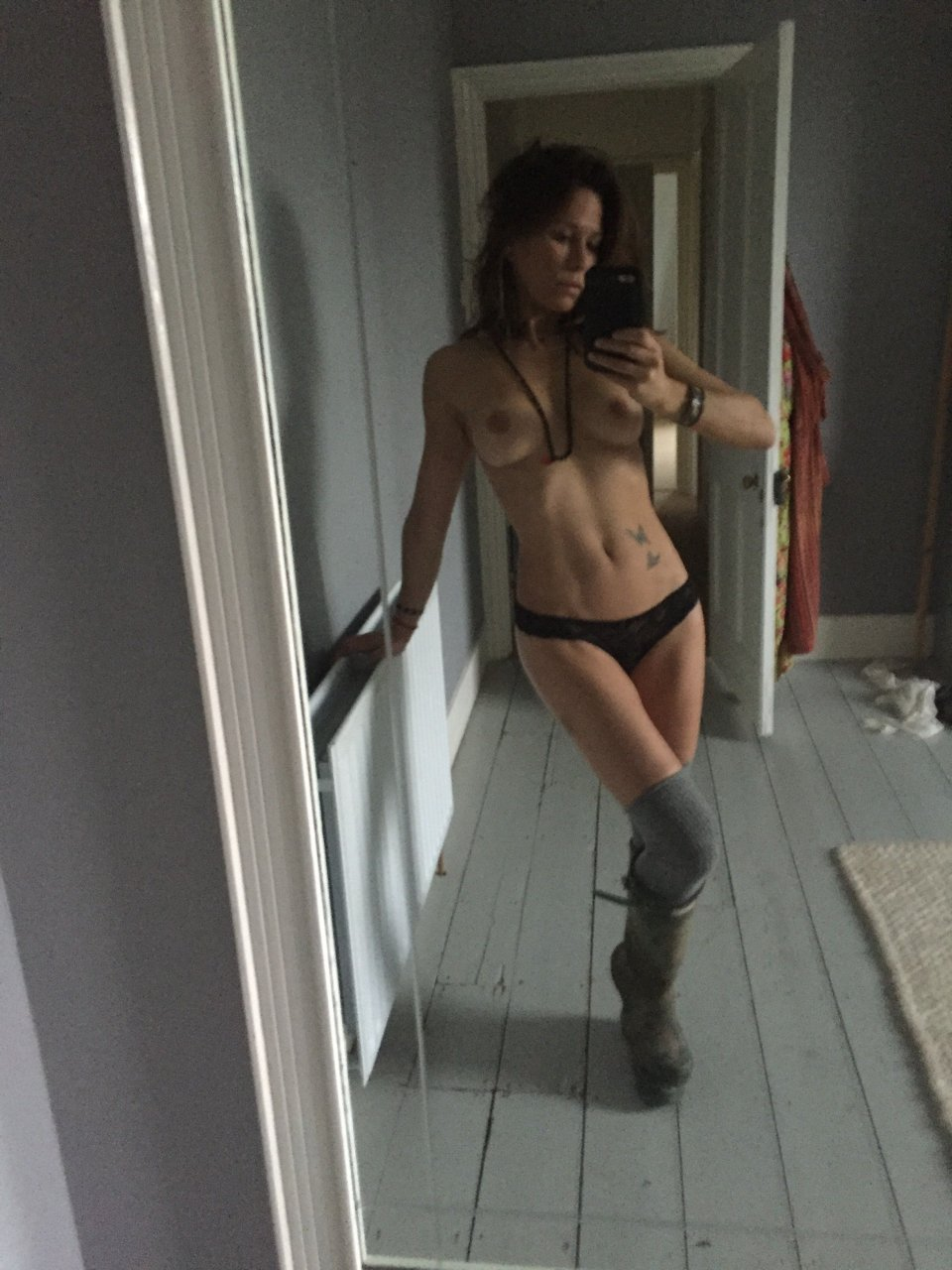 Free preview of rhona mitra naked in hollow man