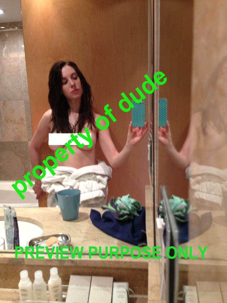 Alison Brie Leaked (5 Photos)