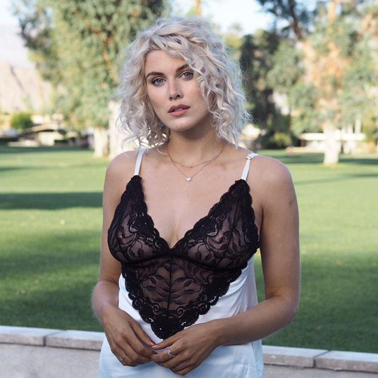 Ashley James Sexy (19 Photos)