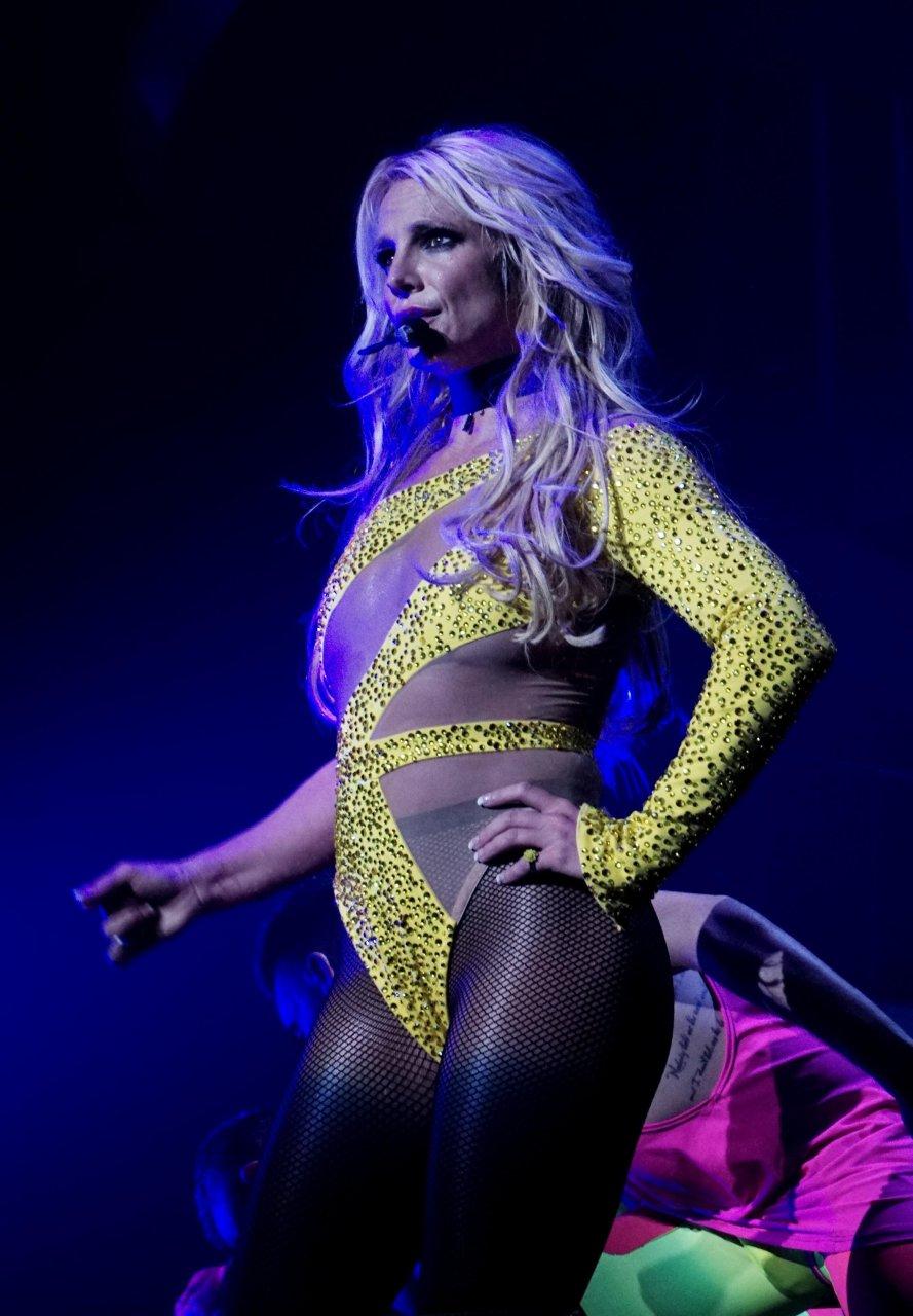 Britney Spears : Sexy en lingerie Photos - aufeminincom