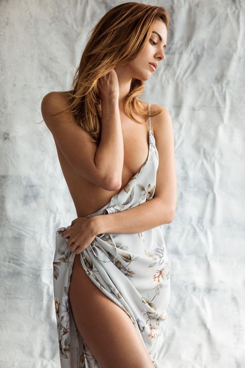 sexy nude bleach females