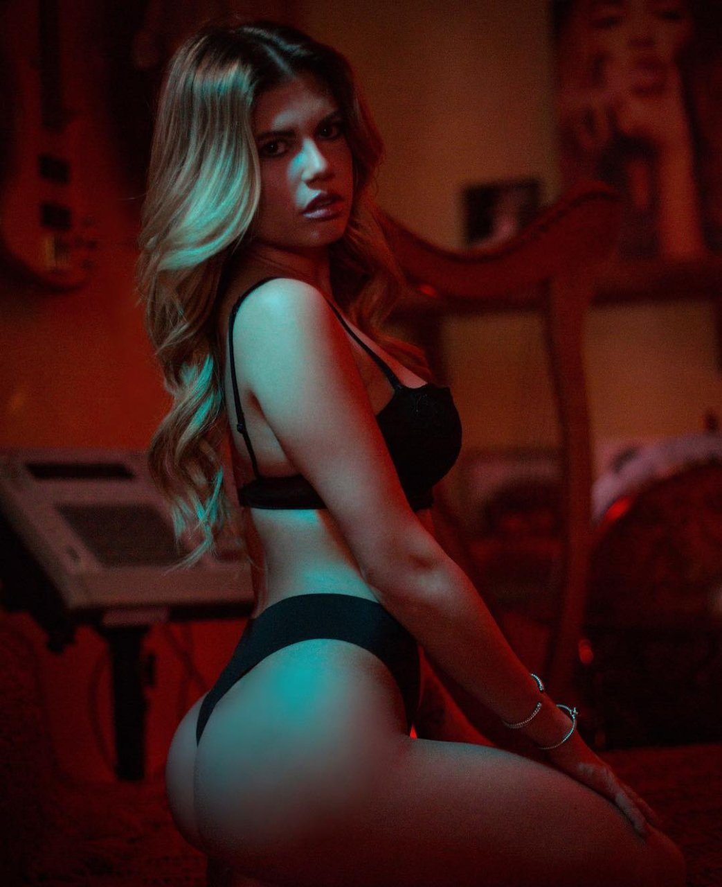 chanel west coast ass pictures