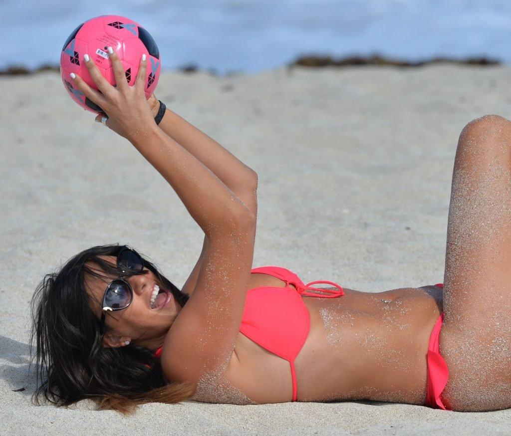 Claudia Romani Sexy (56 Photos + Video)