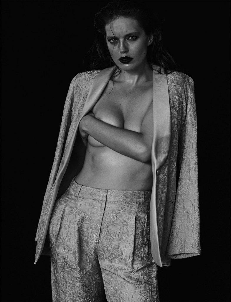 Emily DiDonato Sexy & Topless (22 Photos)